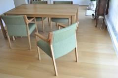 緑のファブリック椅子