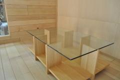 オークとガラスのテーブル