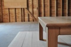 丸面のテーブル