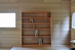 ブラックチェリーの本棚